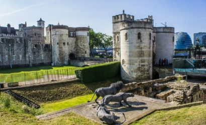 Full Day London Sightseeing Tour with Tower of London, Thames River Cruise, and English Tea