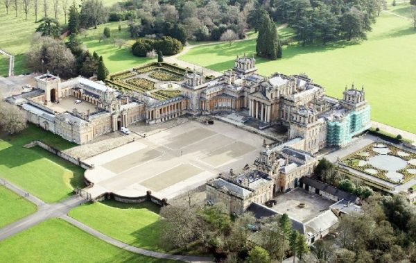 Blenheim Palace and The Cotswolds Day Trip from London