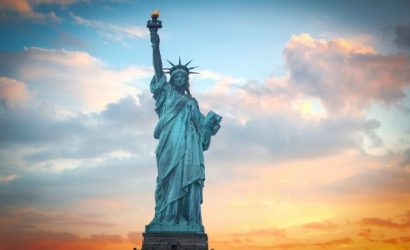 20-Day Grand USA Cruise and Land Tour: New York, Washington, D.C., Niagara Falls, Orlando, Las Vegas and San Francisco