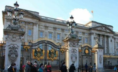 Westminster Abbey and Buckingham Palace Interior Tour and Afternoon Tea