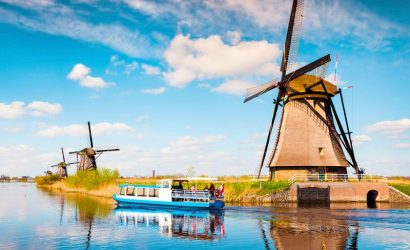 Kinderdijk and The Hague Day Trip from Amsterdam