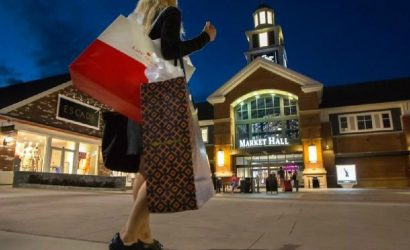 Woodbury Common Premium Outlets Shopping Tour From New York