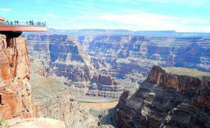 4-Day Grand Canyon, Las Vegas Bus Tour: Los Angeles, Hoover Dam and California Theme Parks
