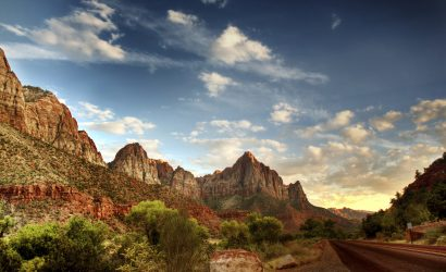 7-Day Antelope Canyon and Zion National Park Bus Tour: Horseshoe Bend, Grand Canyon West, Bryce Canyon, Las Vegas and One Choice of Nine Items
