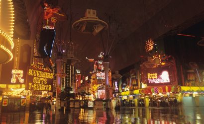 3-Day Las Vegas with Grand Canyon South Rim Bus Tour from Los Angeles