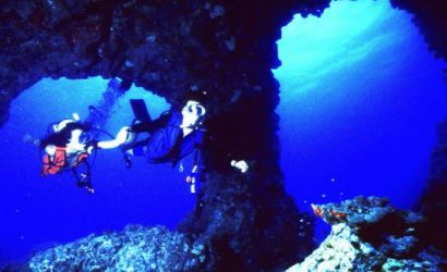 Scuba Dive in Hawaii