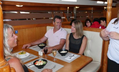 2.5-Hour Auckland Harbour Dinner Cruise