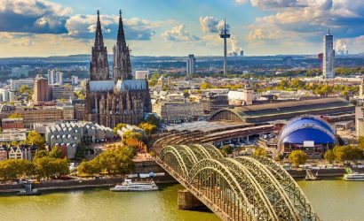 6-Day Central and Western Europe Tour Package: Zurich to Paris