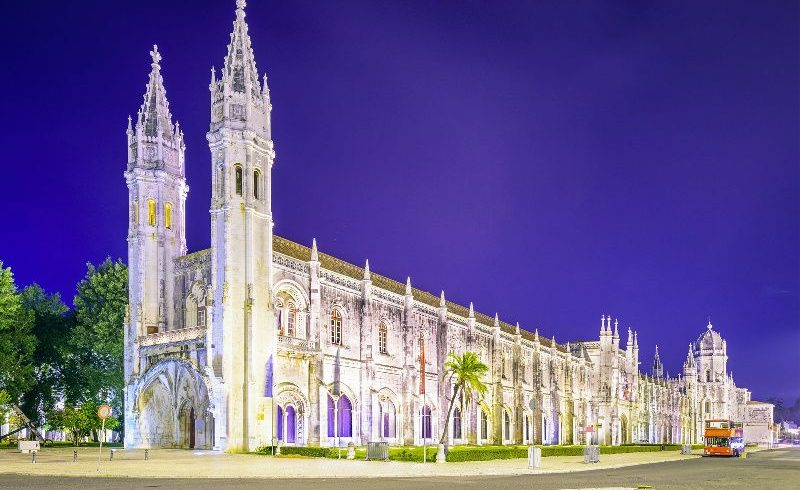 10-Day Southern and Central Europe Tour: Lisbon to Zurich