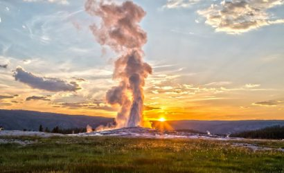 6-Day Yellowstone Tour from Vancouver: Leavenworth, Dry Falls, Spokane, Duty Free Shop, Moses Lake