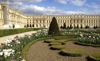 Versailles Palace and Gardens Day Trip from Paris with Audio Guide