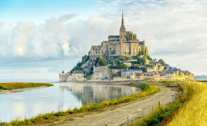 Mont Saint-Michel Small Group Tour from Paris