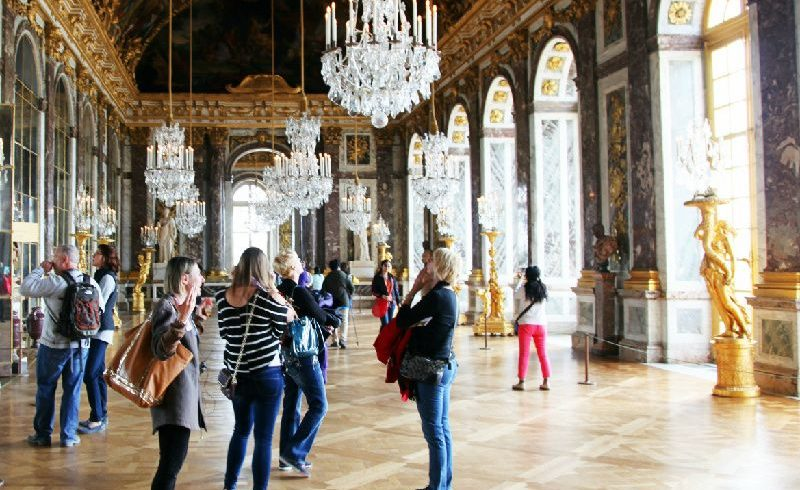 Versailles Palace and Gardens Half Day Tour from Paris