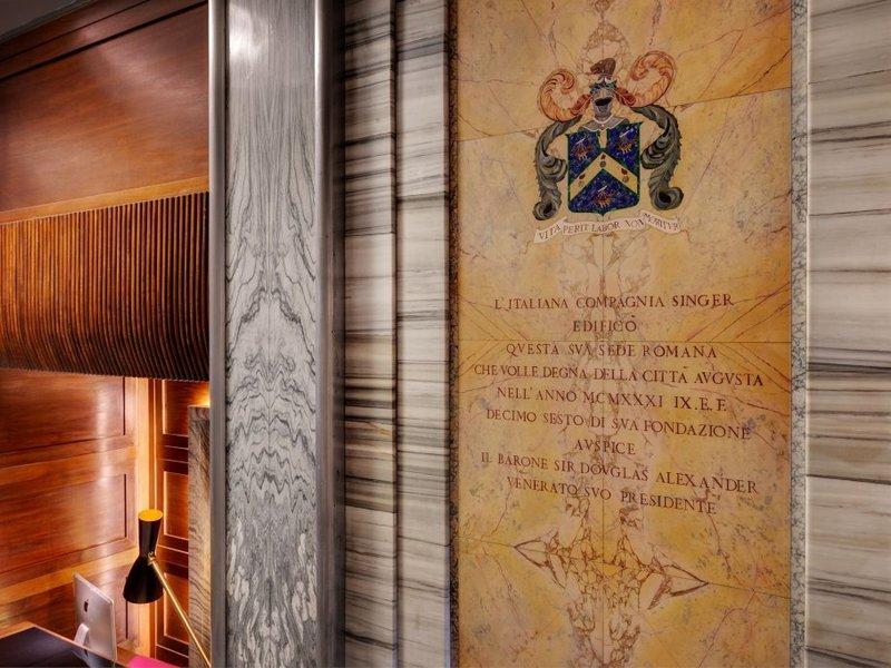 Singer Palace Hotel